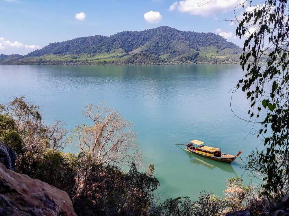 View from Koh Phee, Koh Lanta - Thailand  Itinerary