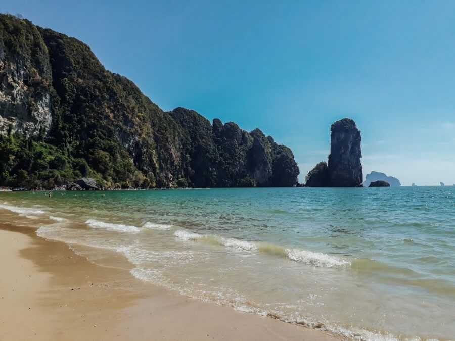 Limestone cliffs at Pai Plong Beach, Ao Nang