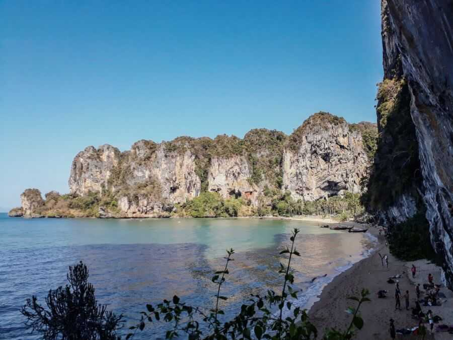 Tonsai Beach Rock climbing area - Thailand