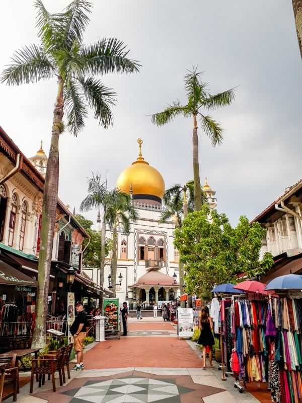 Sultan Mosque in Singapore's Arabic Quarter