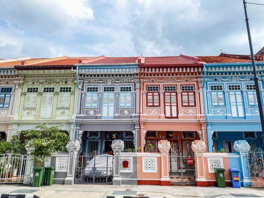 The colorful Peranakan houses on Joo Chiat Road