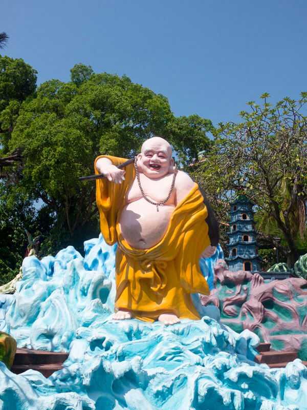 Buddha statue at Haw Paw Villa