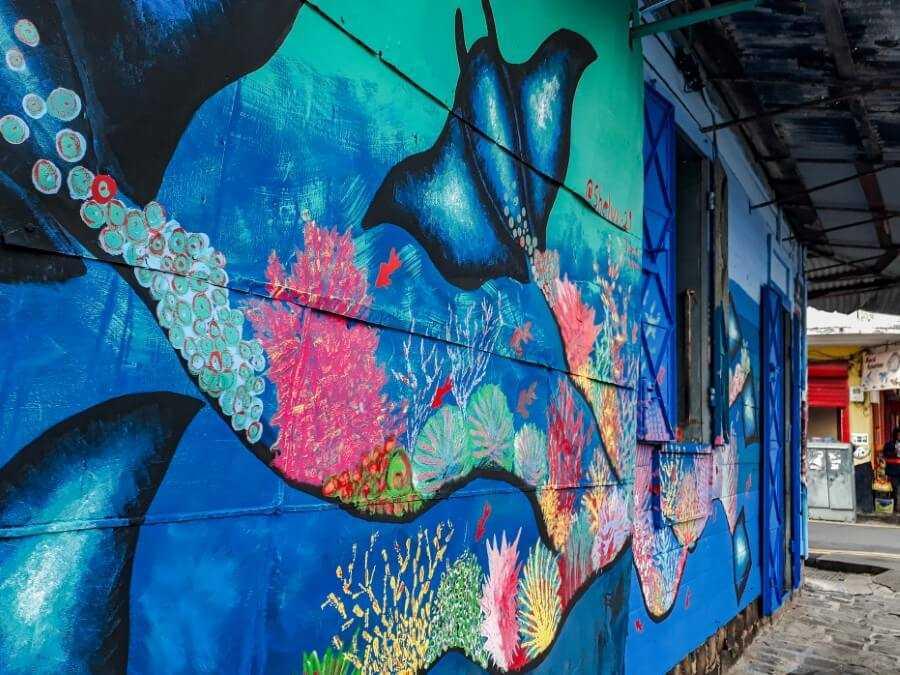 Manta Ray street art