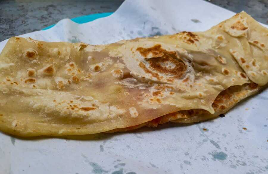 The Faratha, which is a flaky flatbread is one of the most delicious street food in Mauritius